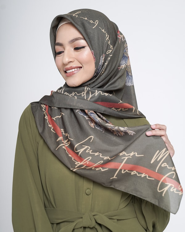 Believe Olive Scarf